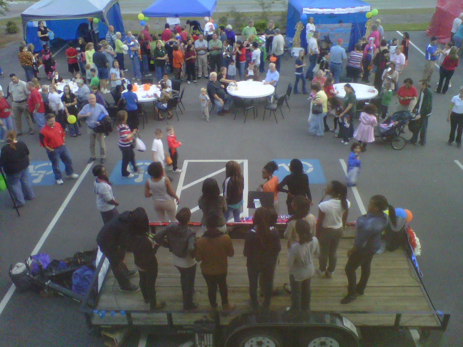 French youth sing at Country Carnival