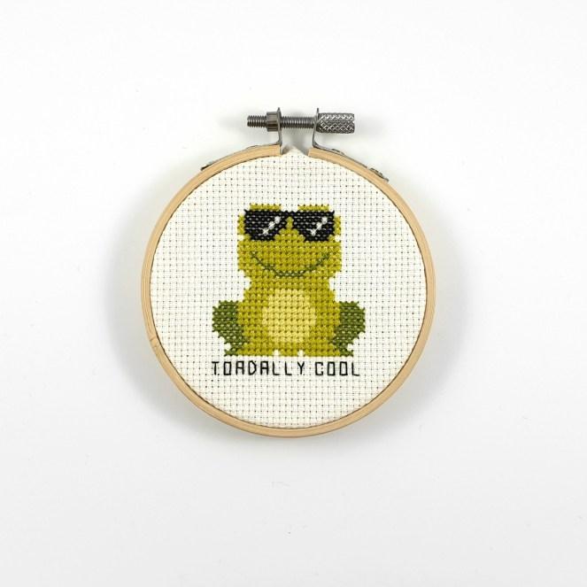 Toadally cool cross stitch pdf pattern