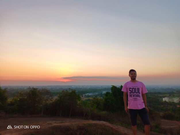 sunset candi abang