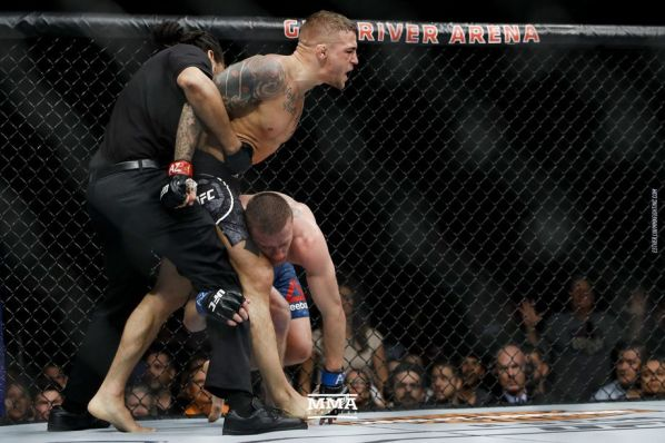 https://i2.wp.com/ringside24.com/media/post/123_Dustin_Poirier_vs_Justin_Gaethje.0.jpg?w=598&ssl=1
