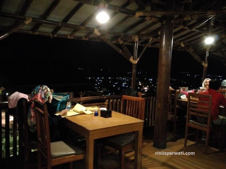 tempat wisata kuliner lampung romantis