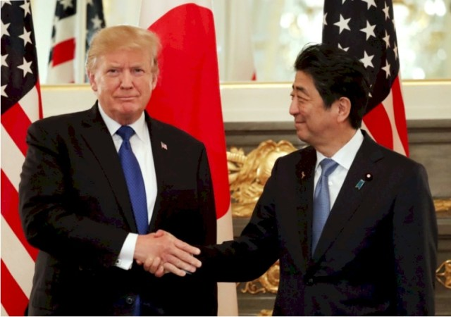 Donald John Trump with Japan PM Abe on November 6.