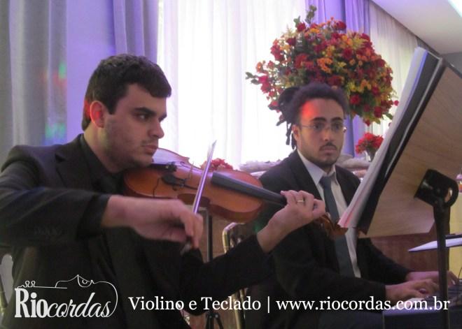 violino-e-teclado-para-casamentos-e-eventos-2015