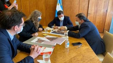Photo of Daniel Arroyo recibió al gobernador para concretar Políticas habitacionales