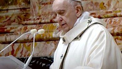 Photo of Francisco pidió alejarse de los «pesebres de vanidad»