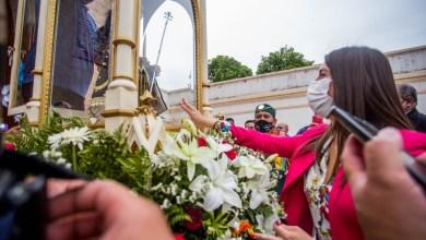 Photo of Fiestas religiosas de verano : Florencia López participó de la    despedida de San Nicolás y el Niño Alcalde