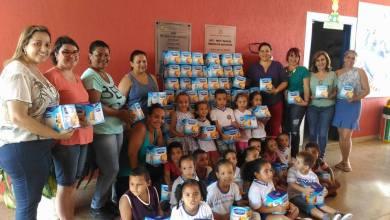 Foto de Lu Alckmin faz doação para educação
