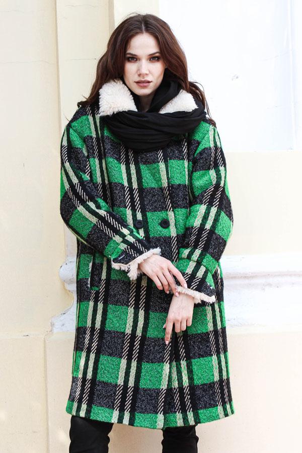 Пальто клетчатое зеленое