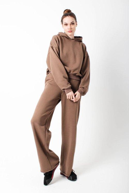 костюм спортивный женский коричневый