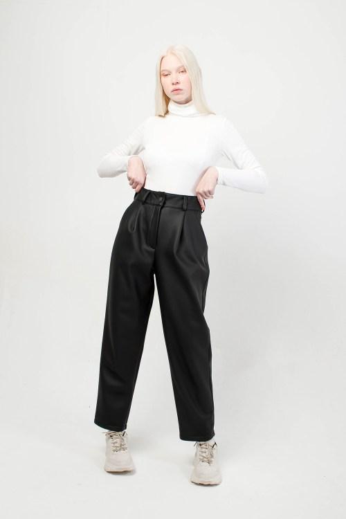 Кожаные брюки Let