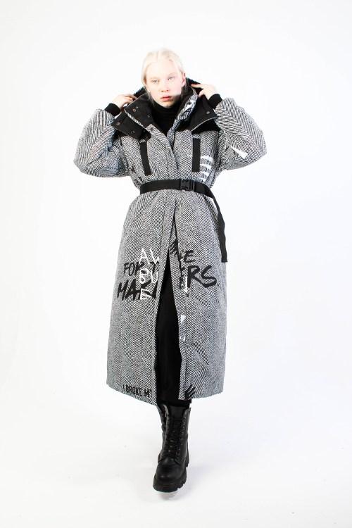 Утепленое пальт Tweed