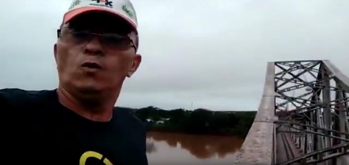 Vídeo: Homem se arrisca e corre em cima da Ponte Metálica que liga Teresina a Timon