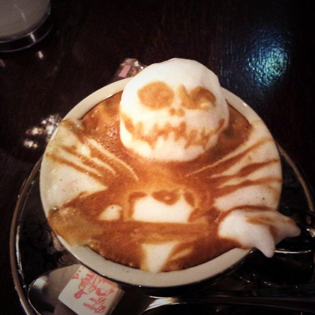 Horror In Your Cup Deliciously Terrifying Coffee Art Riot Daily