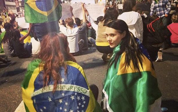 British artist Kate Nash protests in São Paulo.