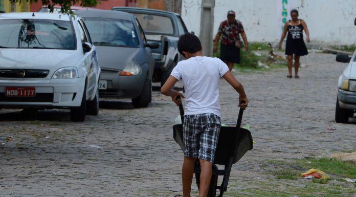 Brazil,More than 2.5 million children are part of Brazil's labor force,