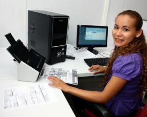 Auxiliar de Serviços Gerais, Secretária - R$ 1.246,00 - Limpar os espaços e o escritório da loja - Rio de Janeiro