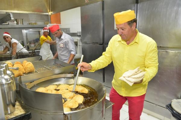Auxiliar de Serviços gerais Diarista,Auxiliar de Cozinha emBar gastronômico -R$ 1.238,00 -preparo, Higienização, produções de alimentos - Rio de janeiro