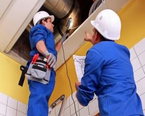 Mecânico de Refrigeração, Auxiliar de Escritório - R$ 2.000,00 - Atuar no reparo e conserto de equipamentos, ter seriedade - Rio de Janeiro