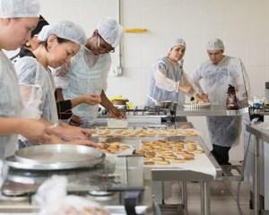 Grupo Arpoador vagas de Auxiliar de Serviços Gerais, Arrumador, Ajudante de Cozinha - Rio de Janeiro