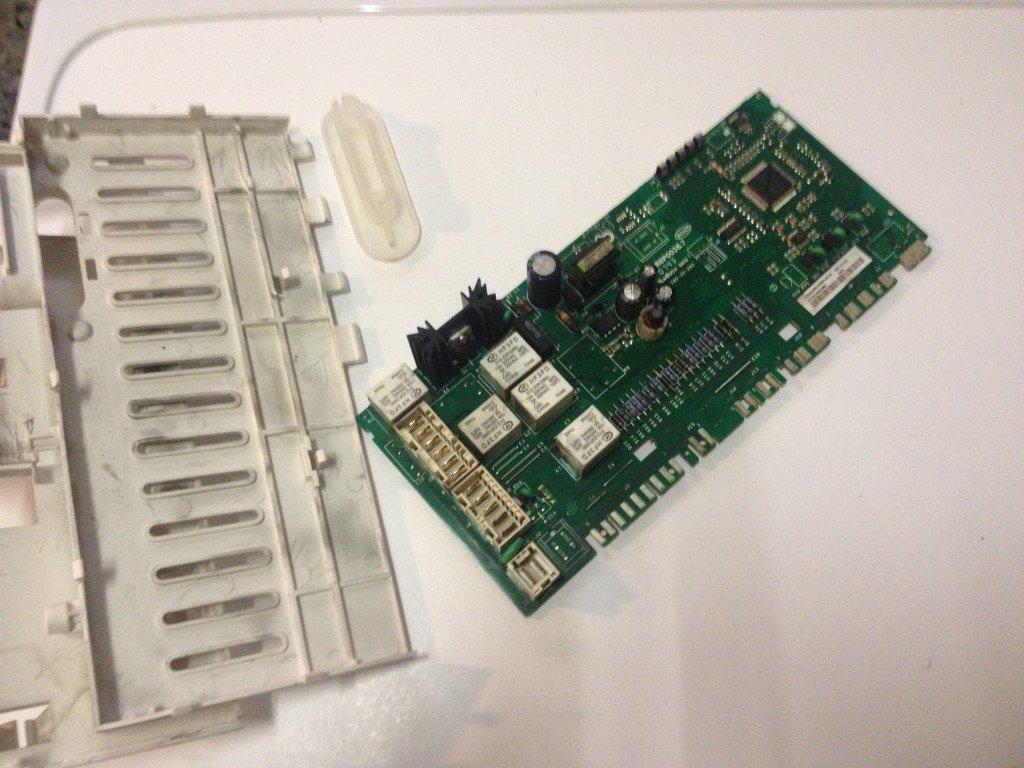 Schema Elettrico Lavatrice Rex : Scheda elettronica difetti e funzionamento riparodasolo