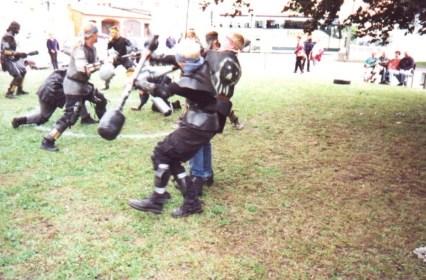 2000SkullfightGustrow05af24