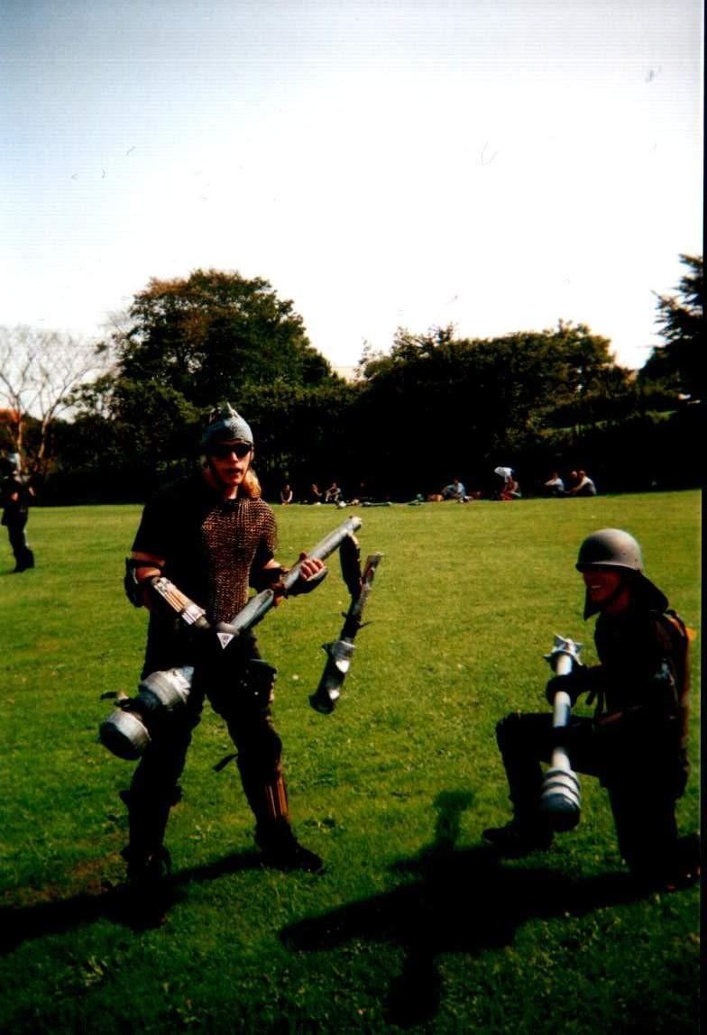 2001Skullfight19af37