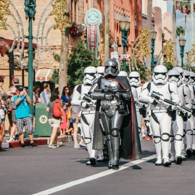 Star Wars Retail: The Merchandise at Galaxy's Edge