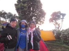 7. didepan tenda