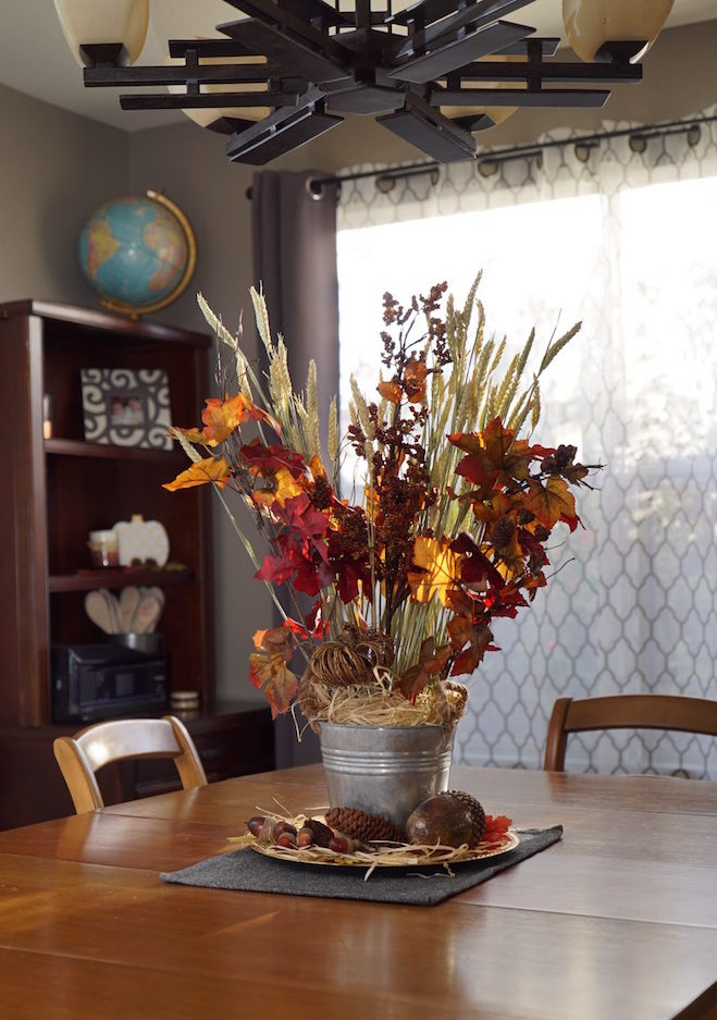 fall decor centerpiece tablescape