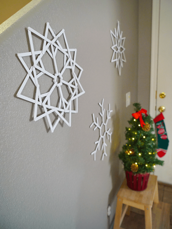 DIY Popsicle Snowflake - Side angle
