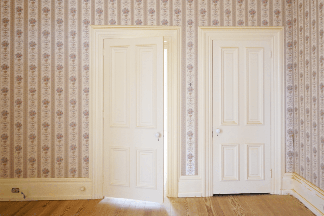 1860s Mansion - Wallpaper Room - Doors