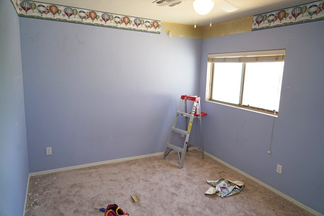 guest room makeover-before02