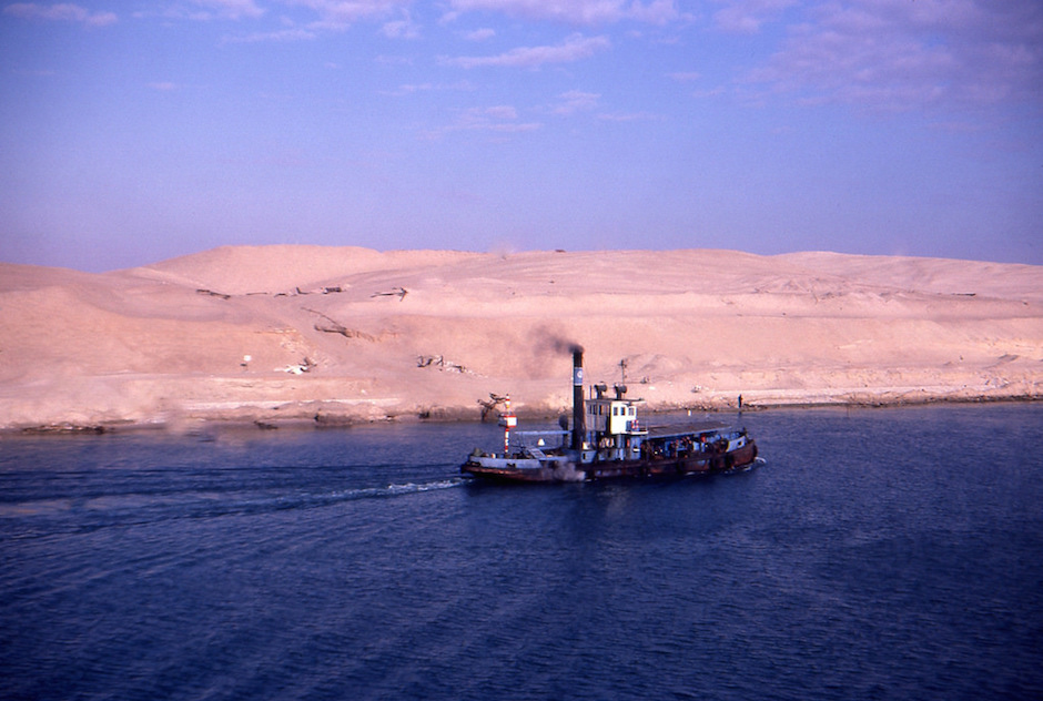 The Suez canal as it looked in 1980, a year after the signing of the Camp David Accords. The canal is an important economic driver for Egypt and was at the center of a recently signed agreement between Egypt and Russia. Photo Credit: NeilHotson/ Flickr (CC By 2.0)