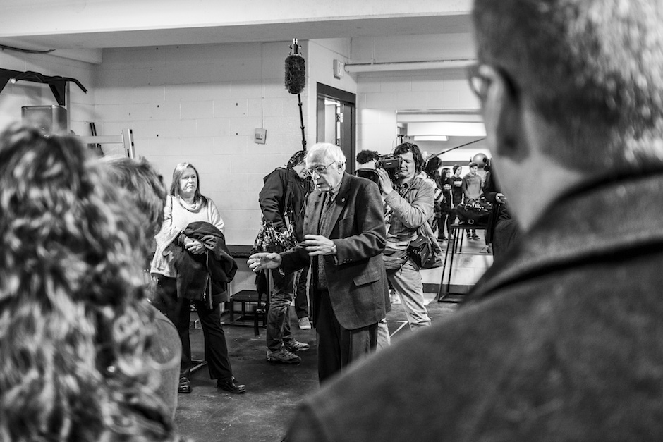 Bernie Sanders in Iowa a few weeks before the Iowa Caucus. Photo Credit: Phil Roeder/ Flickr (CC By 2.0)