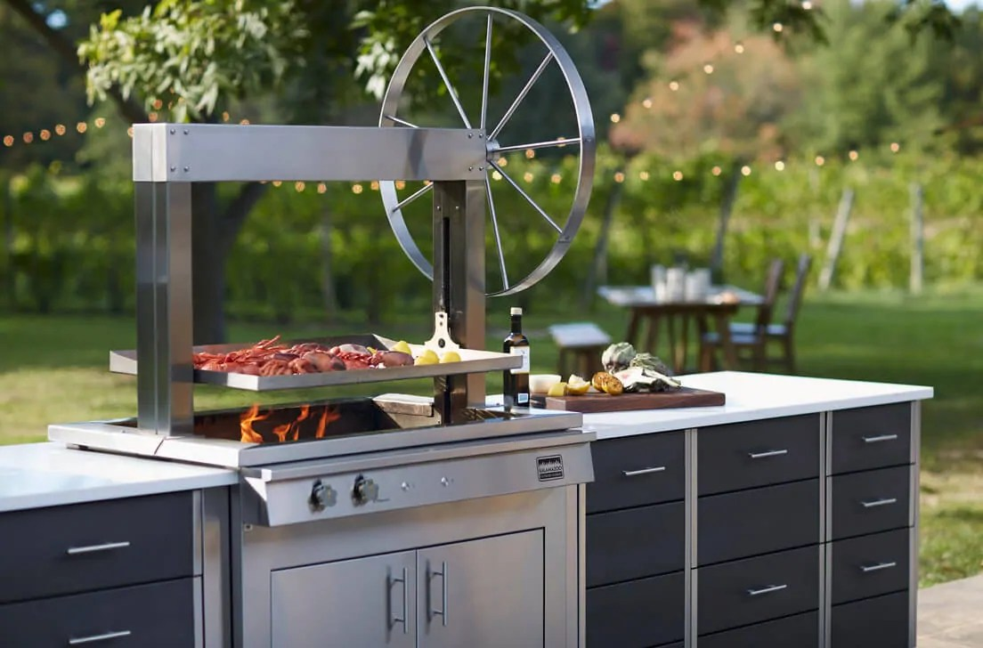 Outdoor kitchen appliances will complete your outdoor experience