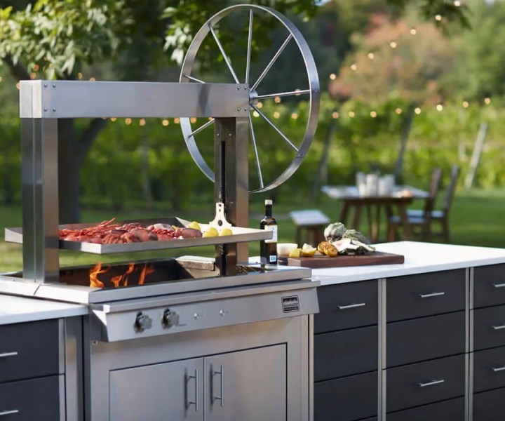 Kalamazoo Grill Photo by La Cuisine Appliance
