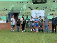Pegadaian Berikan Dukungan Komunitas Fun Football Malang