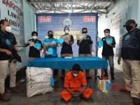 BNNK Tuban Bongkar Penyelundupan Ganja dengan Paket Bantal Via Jasa Ekspedisi JNE