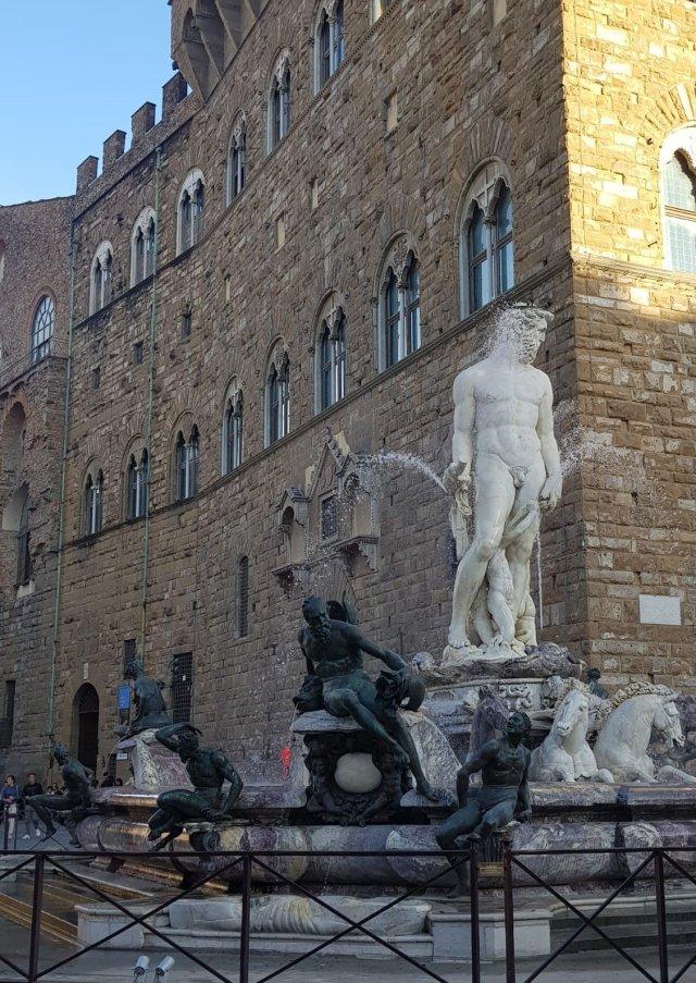 Firenze una meravigliosa esperienza di due giorni. Fontana di Nettuno