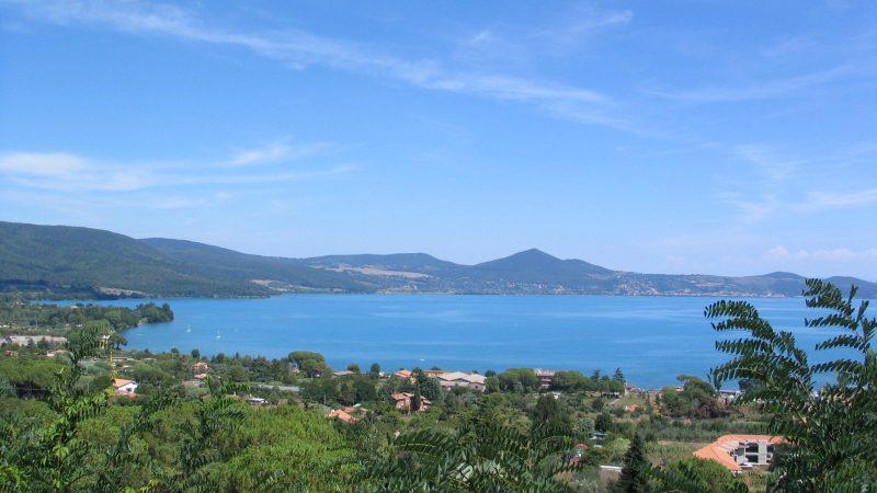 Bracciano, lago, storia e natura