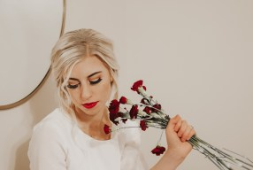 Roses are Red hairstyles: 3 Valentines hairstyles with fresh flowers