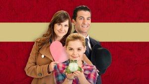 'Smooch': A Cute and Fun Romance from Hallmark! A review of the 2011 film from Hallmark with Kellie Martin & Kiernan Shipka. Text © Rissi JC