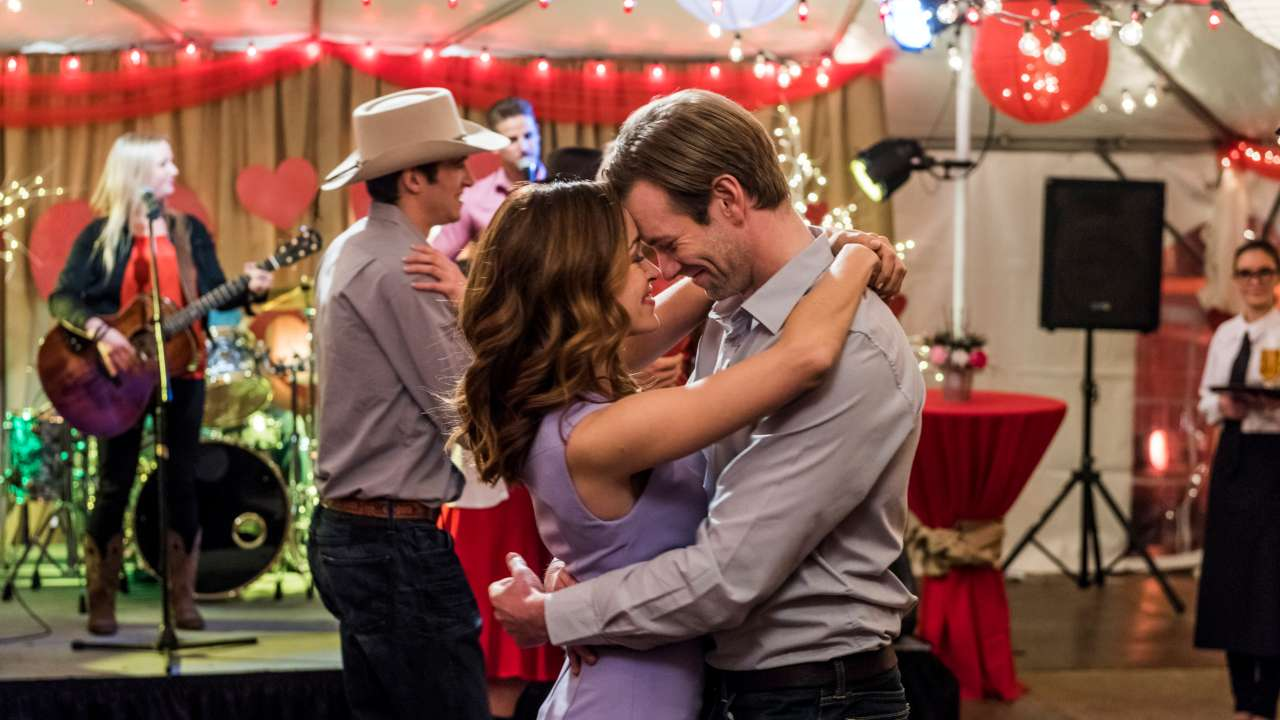 Ranking the Hallmark Valentine's Day Romances