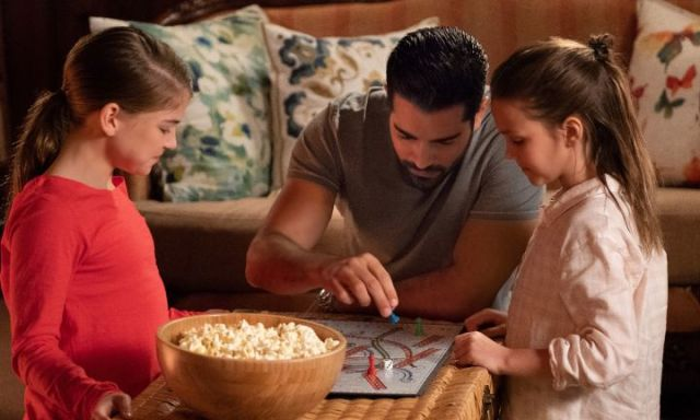 Chesapeake Shores, Season 3 – Powerful Secrets and New Sweethearts. A review of the TV show from Hallmark. All review text © Rissi JC