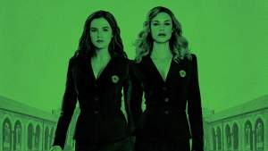 A Campy Best Friends Movie is 'Vampire Academy' (plus There's Romance). A review of the 2014 adaptation. All text © Rissi JC