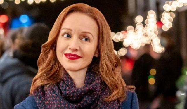 'Swept Up by Christmas': See Two People Find Good Common Ground. A review of the 2020 Hallmark Movies & Mysteries title. © Rissi JC
