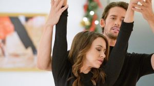 'The Christmas Waltz': A Magical Love Story with Lacey Chabert. A review of the 2020 romance with Will Kemp (& Lacey!). All text © Rissi JC