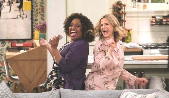 12 (MORE!) OF THE HAPPY HALF-HOUR TV SHOWS TO ENJOY, PART 2. Sharing a few fun 1/2 hour TV shows to watch and enjoy! Text © Rissi JC