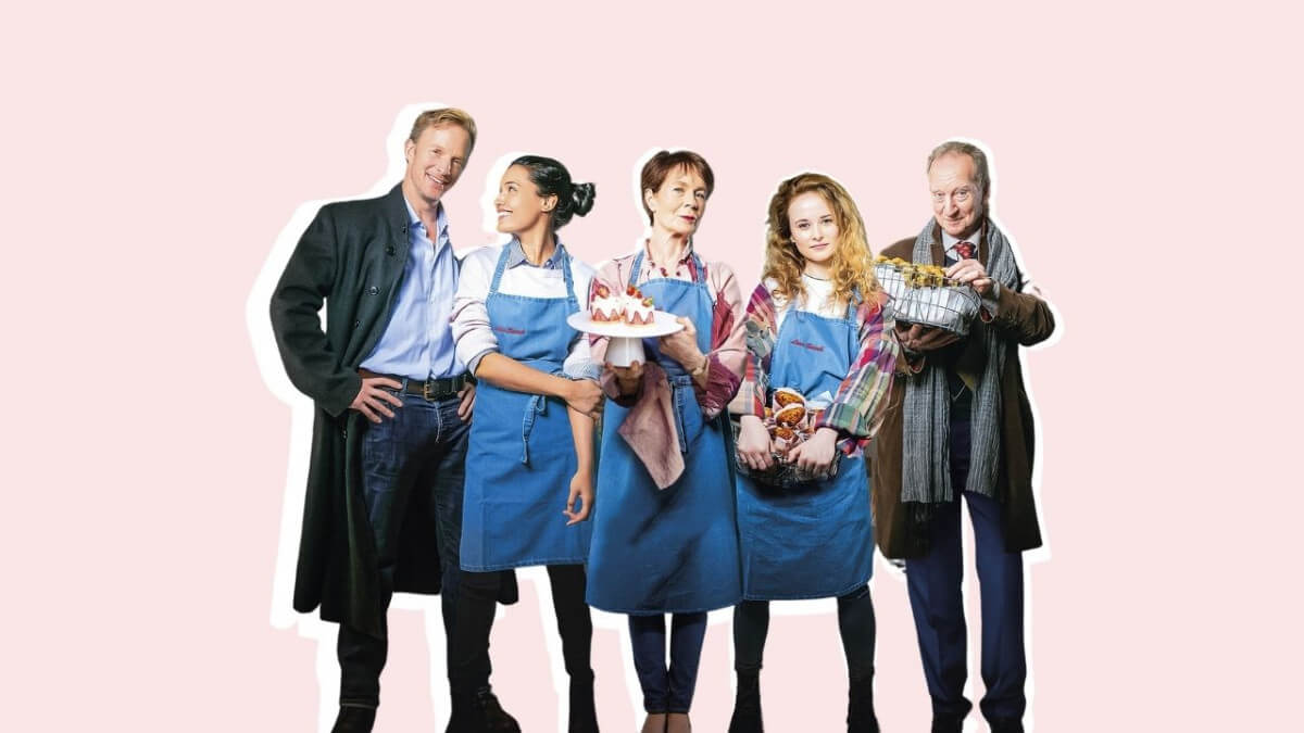 'LOVE SARAH': A WARM AND SWEET LITTLE BRITISH MOVIE. Celia Imie stars with Shelley Conn in this 2020 British production. All text © Rissi JC