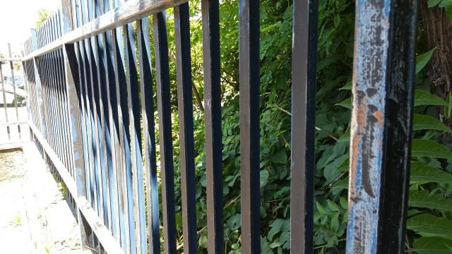 verniciatura recinzioni 03 www.ristrutturazionmilano.com